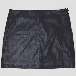 Zara Trafaluc Black Faux Leather Skirt XS